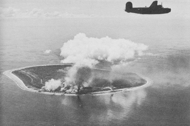 Nauru_Island_under_attack_by_Liberator_bombers_of_the_Seventh_Air_Force.
