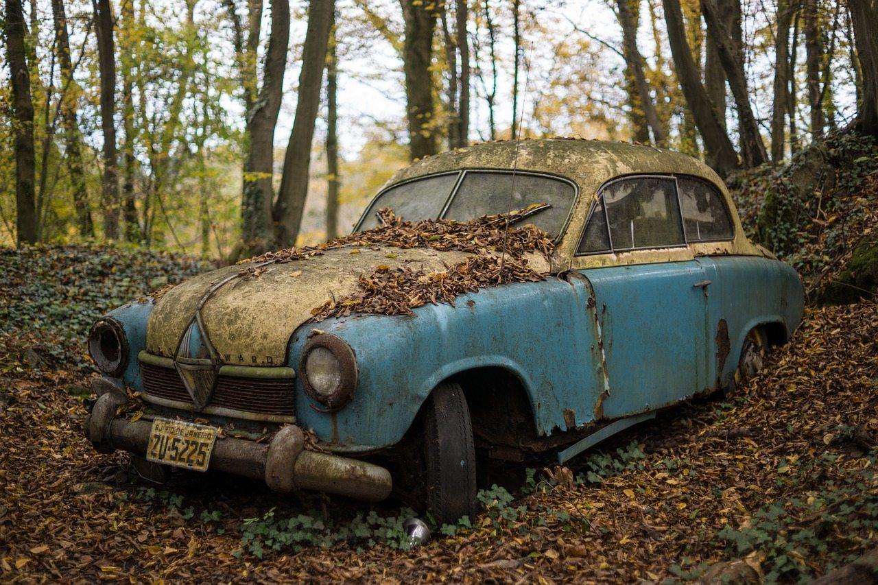 classic-car-574864_1280