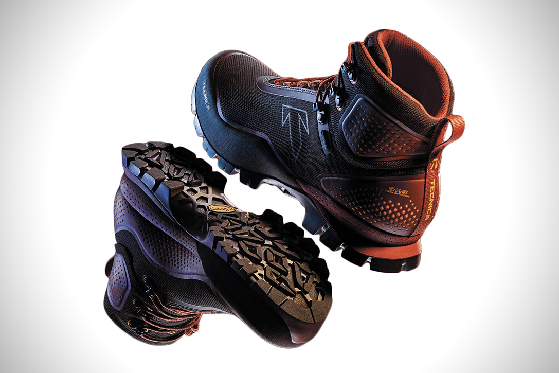 Tecnica Forge Thermoform Hiking Boots Spotter Up