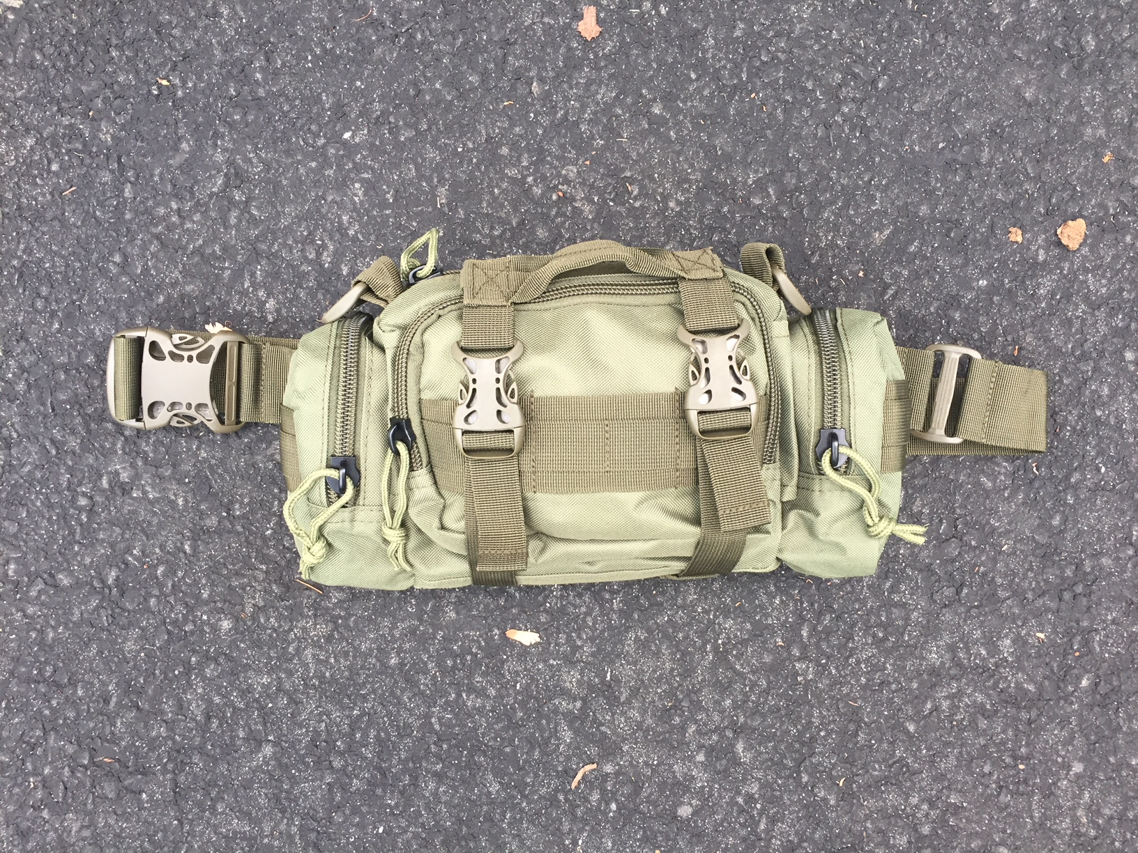248f01d116c1 First let s look at the comfort and fit of this pack. You may be carrying  this pack for days on end so you need something you can wear comfortably  that will ...
