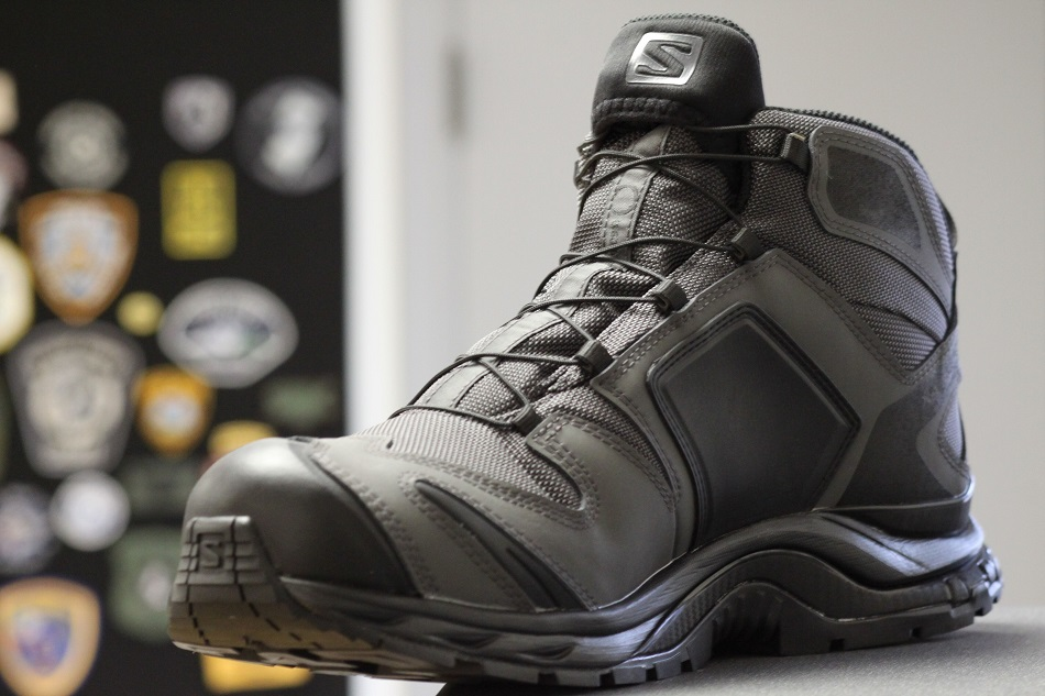 U.S. Elite Exclusive Salomon Forces Sua Sponte Mark II close up